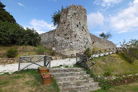 castello-di-san-benedetto